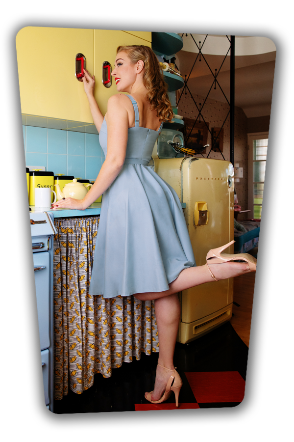 Glamour_Bunny_36907_Swingdress_Blue_Reese_201015_040M