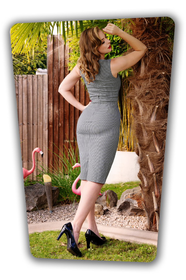 Glamour_Bunny_36908_Top_36909_Pencilskirt_Black_Checked_Hannah_201015_042M