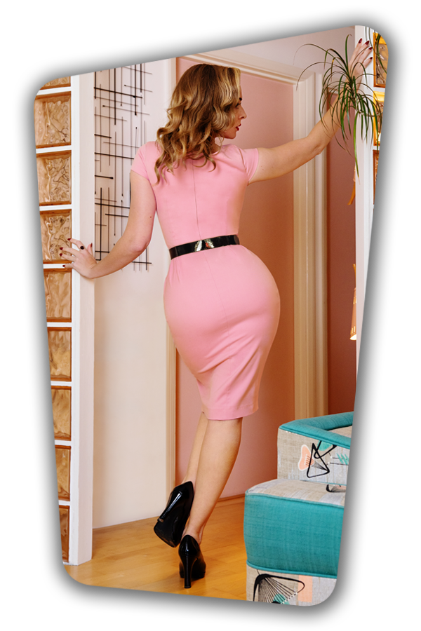 Glamour_Bunny_36918_Pencildress_Eloise_Pink_201015_041M